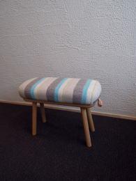 iei-stool02.jpg